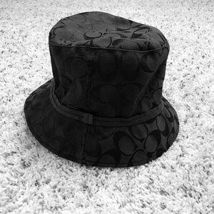 🔷BOGO🔷 Coach black logo bucket hat